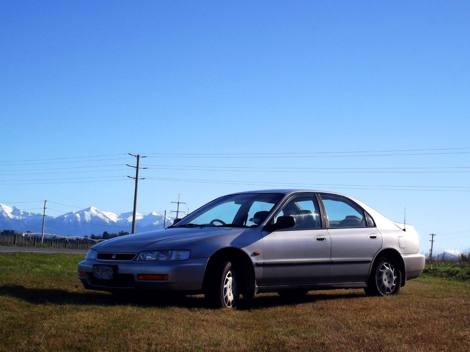 1997_Honda_Accord_3545blurredplate_SM